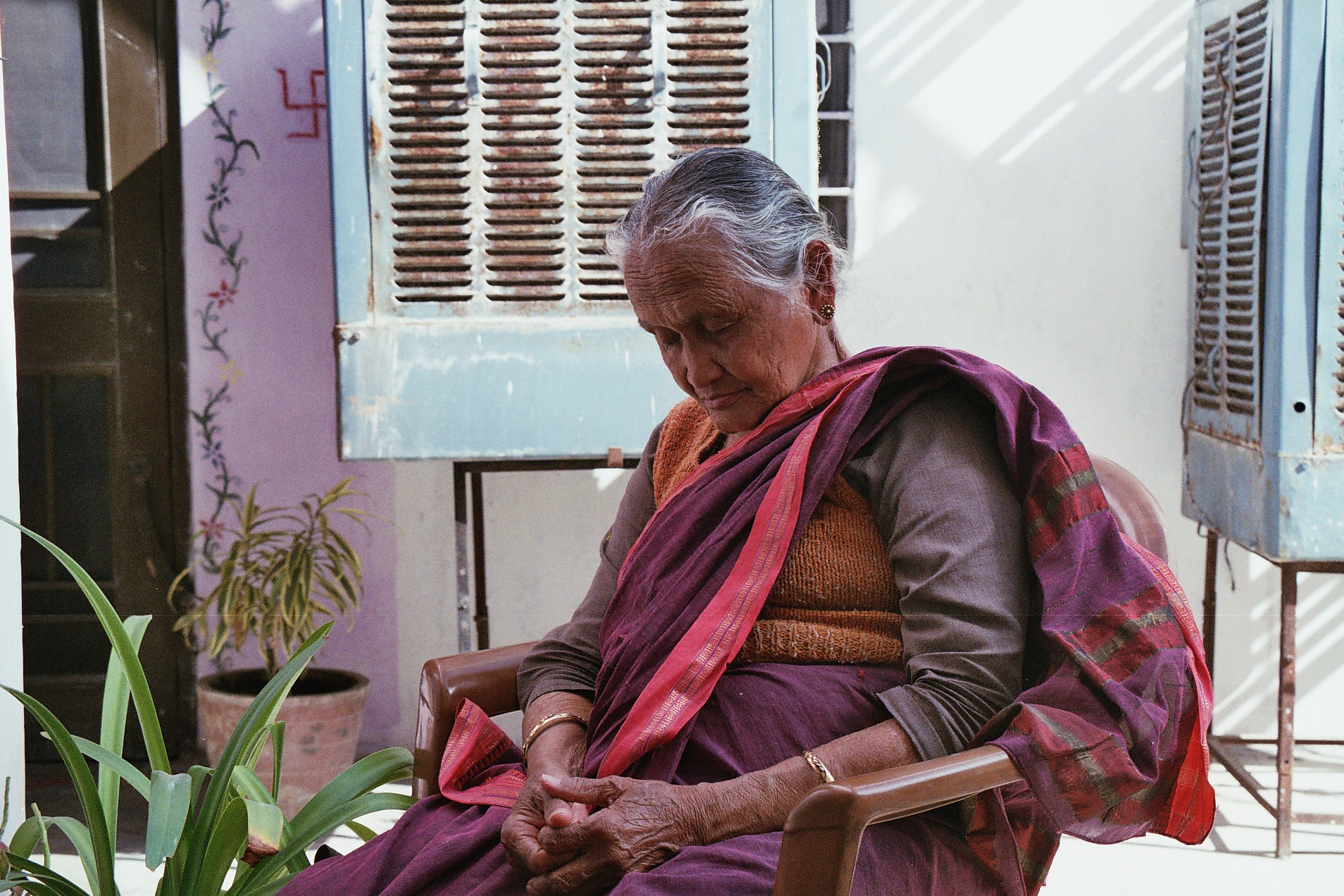 India_Jaipur_Eliza Dumais_Dadi-Ji