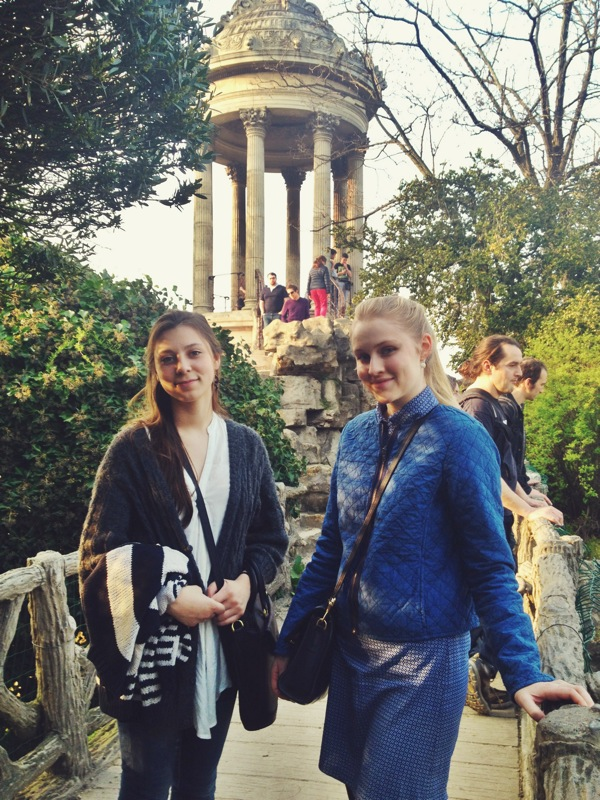 Kate and Emily in front of the famous Temple de la Sibylle in the park