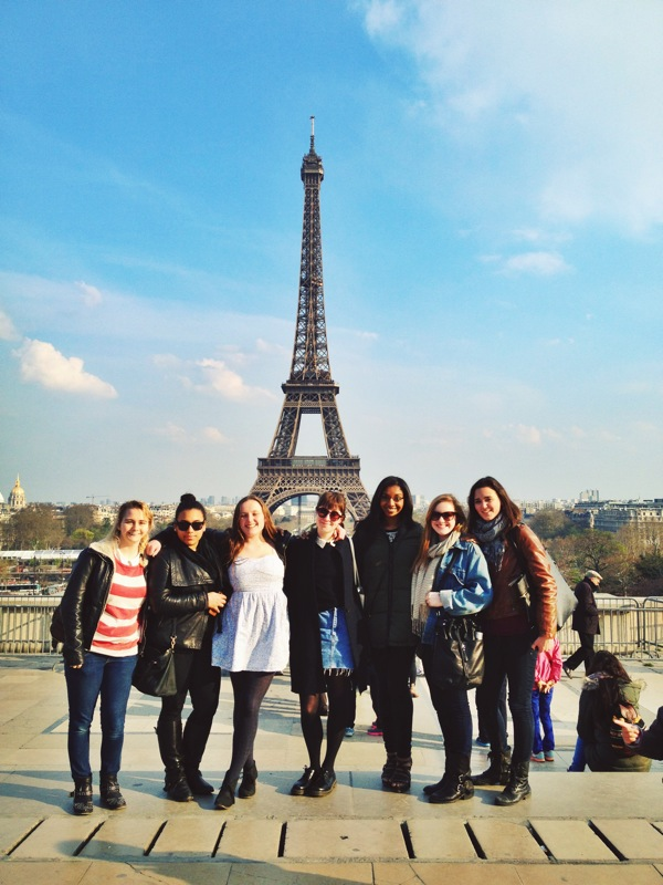 Sunny daze & touristy smiles in front of the tower!