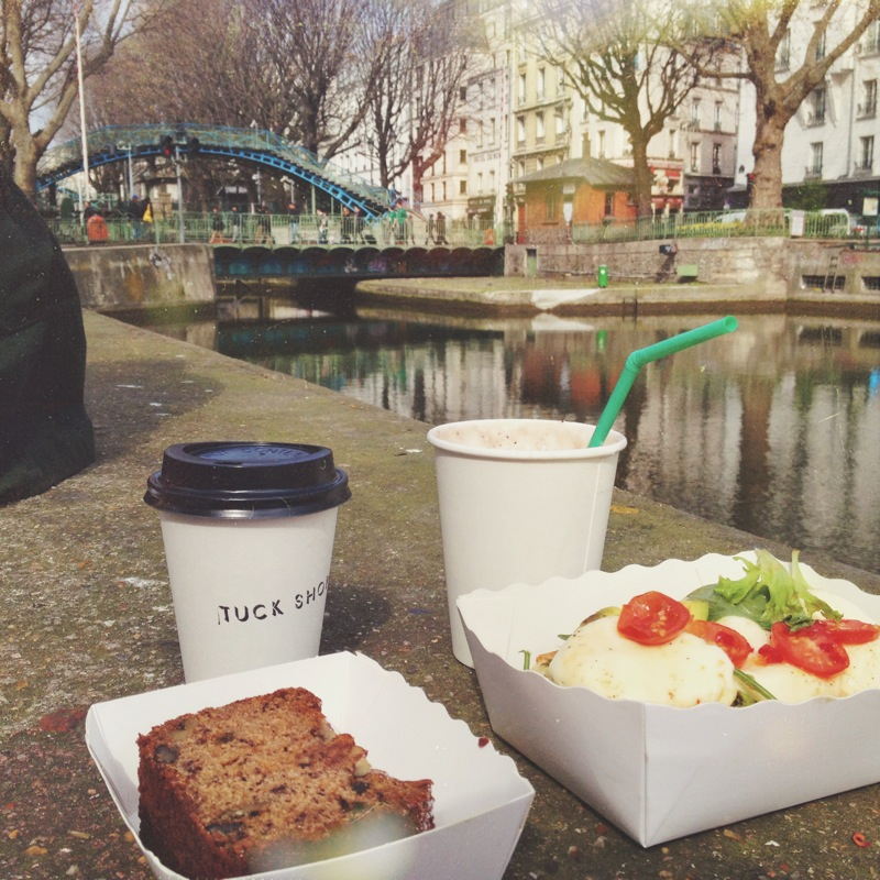Saturday morning picnic along the Canal, ft. the most delicious organic take-away brunch from Tuck Shop!